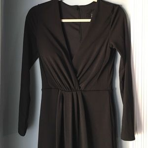 Long sleeve v- neck black dress from H&M